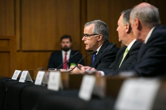 Quyền Giám đốc FBI bật lại Nhà Trắng - Ảnh 1.