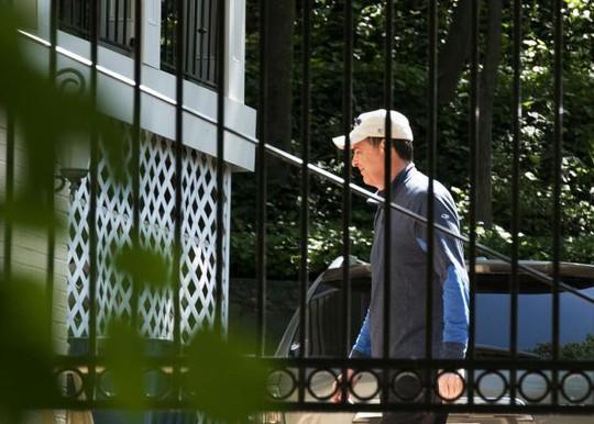 Quyền Giám đốc FBI bật lại Nhà Trắng - Ảnh 2.