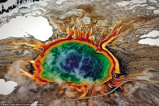 Những kỳ quan thiên nhiên đáng kinh ngạc nhất thế giới - Ảnh 1.