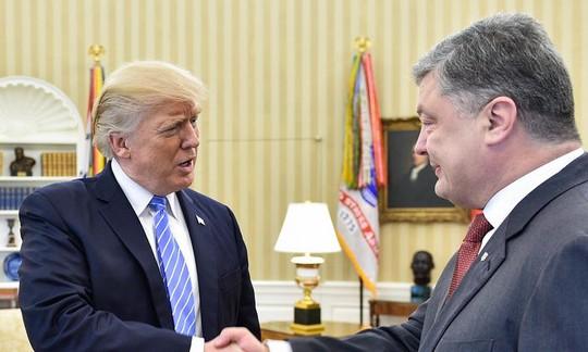 TT Ukraine tới Nhà Trắng, Mỹ gia tăng trừng phạt Nga - Ảnh 1.