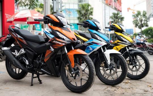 Dù có đề xuất cấm, doanh số xe máy vẫn tăng
