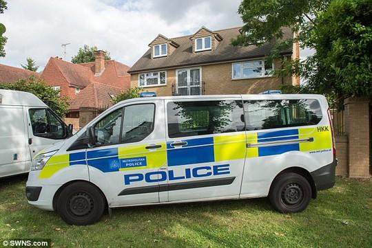 Cô gái Hồi giáo bị giết vì danh dự ngay tại London - Ảnh 2.