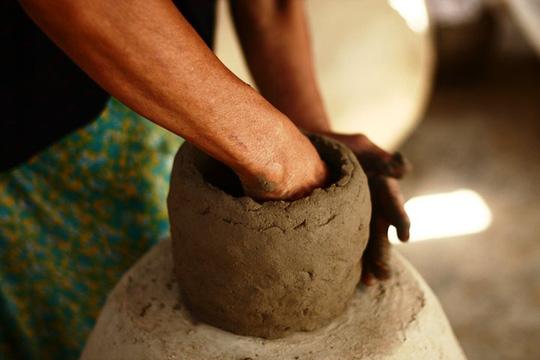 Độc đáo nghệ thuật làm gốm ở Bàu Trúc - Ảnh 2.