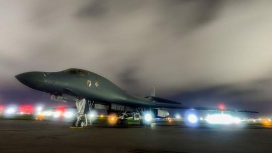 Triều Tiên tuyên bố bắn tên lửa tấn công đảo Guam của Mỹ - Ảnh 1.