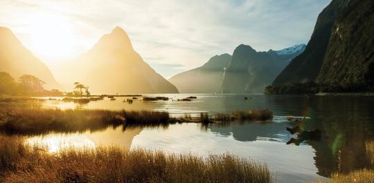 10 địa điểm du lịch có phong cảnh đẹp nhất thế giới - Ảnh 2.