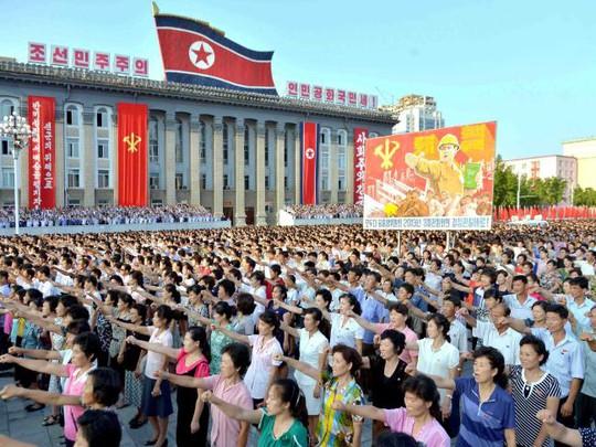Triều Tiên quyết dùng 5 triệu đầu đạn hạt nhân sống thổi bay nước Mỹ - Ảnh 1.
