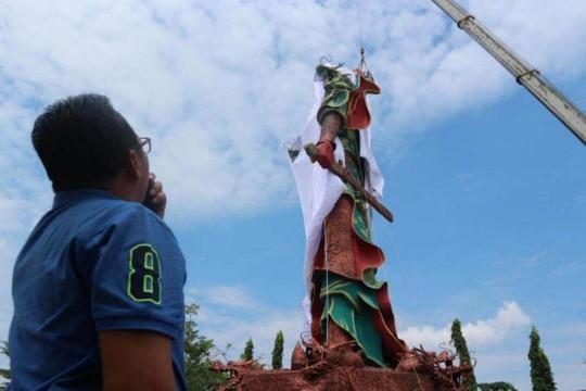 Indonesia: Người dân đòi phá tượng thần Trung Quốc - Ảnh 1.