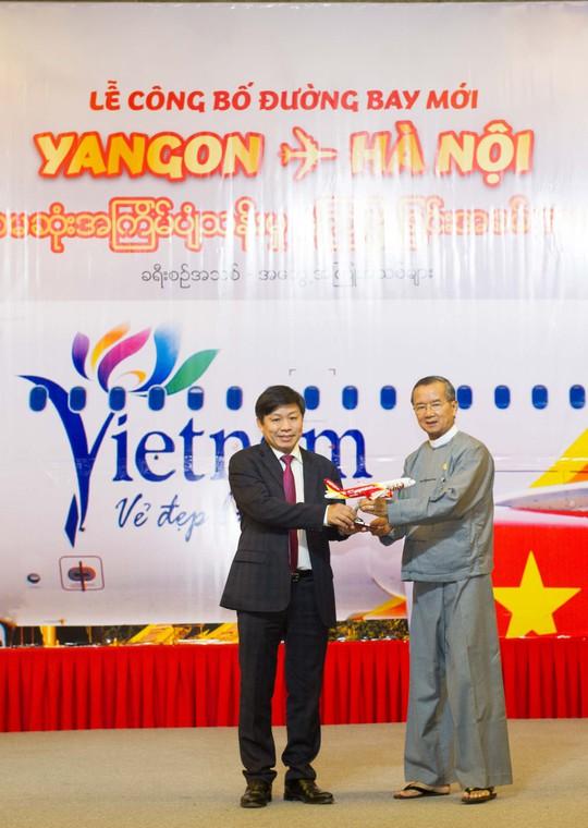 Vietjet mở đường bay TP HCM - Jakarta và Hà Nội - Yangon - Ảnh 1.