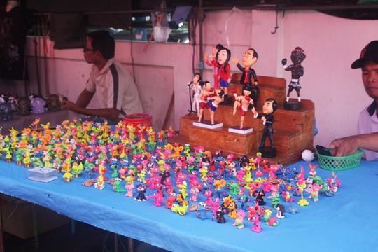 Đi chợ nổi Taling Chan ở Bangkok - Ảnh 2.