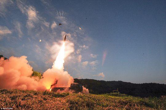 Triều Tiên sẽ hủy diệt kinh tế Mỹ bằng tấn công xung điện từ? - Ảnh 2.