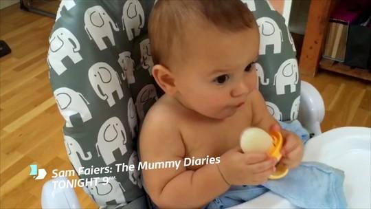 Sáng kiến độc đáo: Làm kem que bằng sữa mẹ cho bé - Ảnh 2.