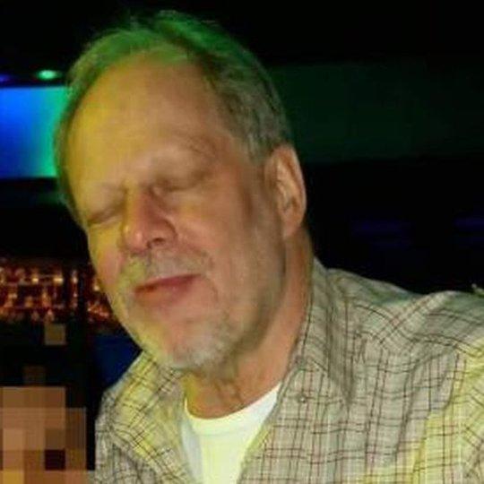 Vụ thảm sát Las Vegas: Tiết lộ gã nghi phạm đại gia kỳ quái - Ảnh 2.