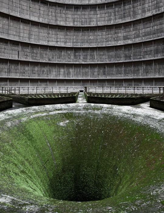 11 công trình bị bỏ hoang có vẻ đẹp ma mị trên thế gian - Ảnh 1.