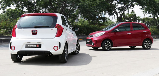 Ôtô tiếp tục giảm giá trong tháng 10