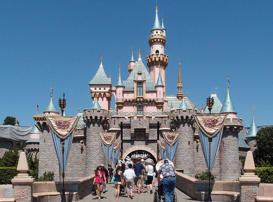 """""""Điểm danh"""" 10 công viên giải trí nổi tiếng nhất thế giới - Ảnh 2."""