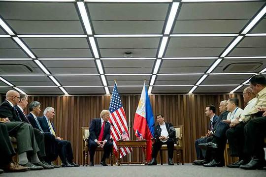 Tuyên bố chung Mỹ - Philippines phản đối quân sự hóa biển Đông - Ảnh 1.