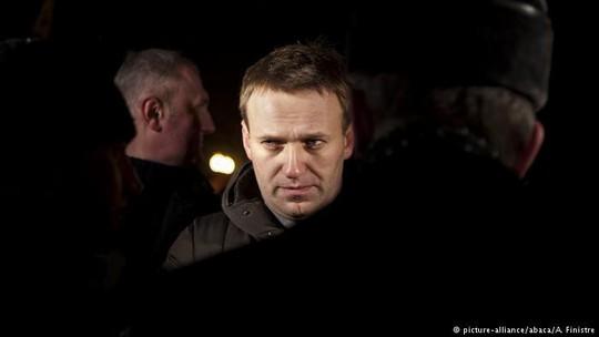Tòa án tối cao Nga cấm đối thủ mạnh nhất của ông Putin tranh cử - Ảnh 1.