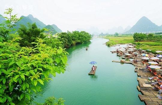 Những điểm du lịch nổi như cồn, đẹp lung linh ở Trung Quốc - Ảnh 11.