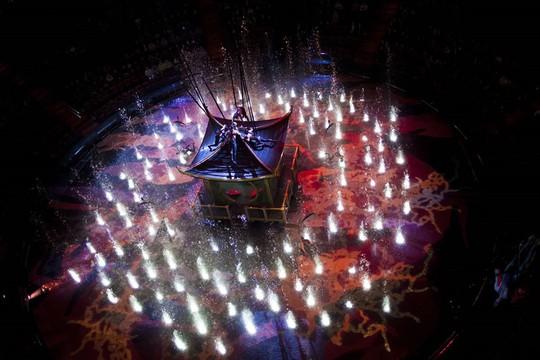 Bí mật đằng sau màn biểu diễn nước lớn nhất thế giới ở Macau - Ảnh 12.