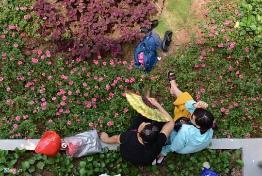 Biển nhân tạo lớn nhất Việt Nam gây thất vọng ngày nghỉ lễ
