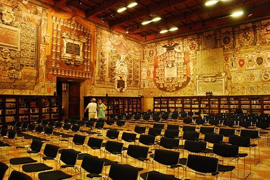 Kiến trúc độc đáo của trường đại học hơn 900 năm tuổi - Ảnh 14.