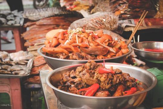 Sắc màu bình dị tại chợ hoa lớn nhất Sài Gòn - Ảnh 15.