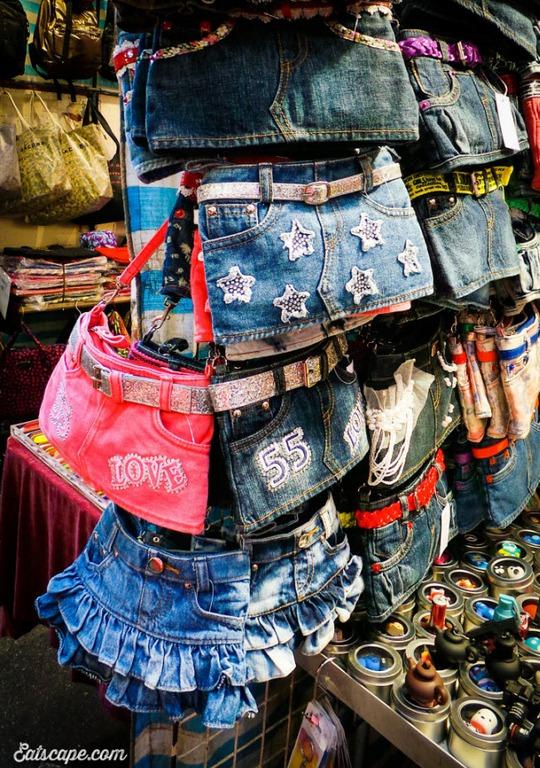 Chợ Quý Bà, thiên đường mua sắm hàng hiệu giá rẻ ở Hồng Kông - Ảnh 6.