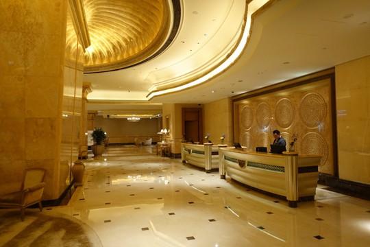 Khách sạn 7 sao lộng lẫy như cung điện - Ảnh 3.