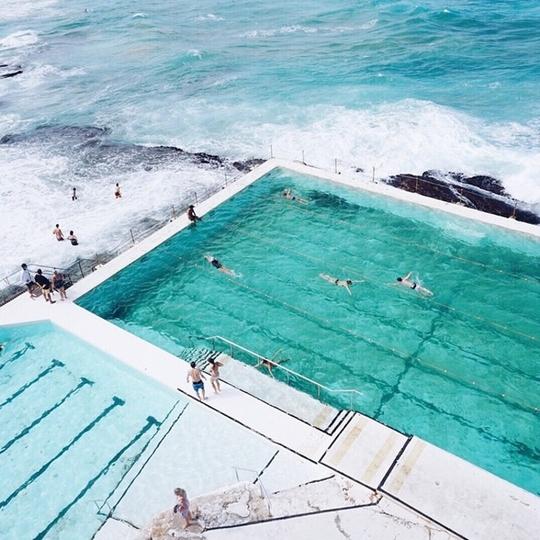 Bể bơi giữa biển khơi - nơi hút khách bậc nhất ở Sydney - Ảnh 3.