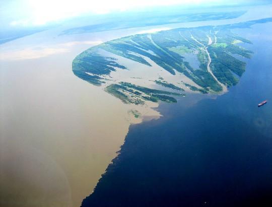 10 hợp lưu sông hùng vĩ trên thế giới - Ảnh 3.