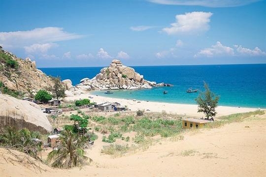 Bạn nên đến Ninh Thuận vào mùa hè này! - Ảnh 1.