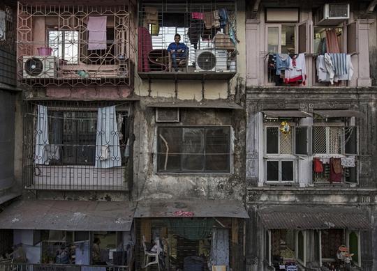Cảnh sống ngột ngạt ở những căn nhà rộng vài m2 khắp thế giới - Ảnh 3.