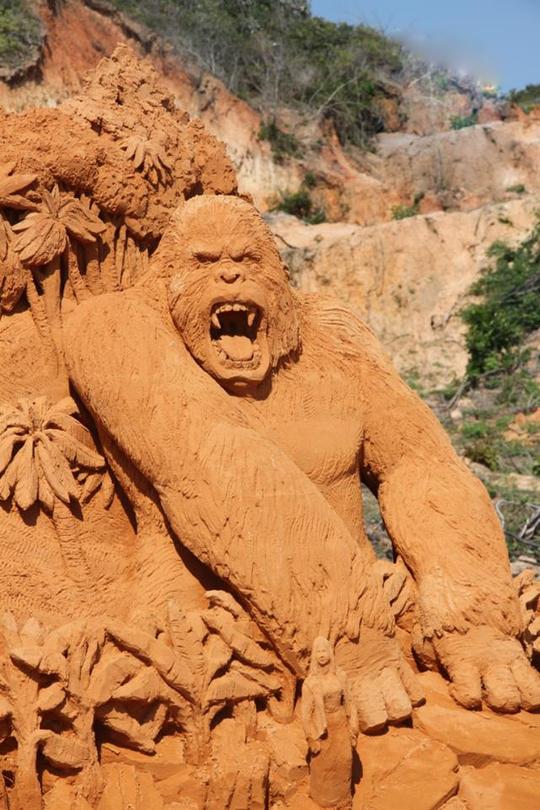 Phan Thiết có Công viên tượng cát đầu tiên trên thế giới - Ảnh 3.