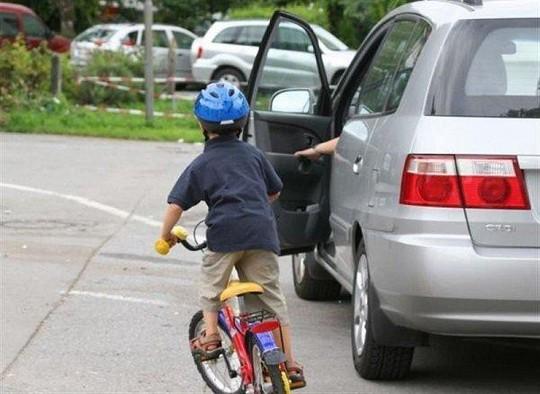 Nắm vững những quy tắc này để lái xe an toàn - Ảnh 3.