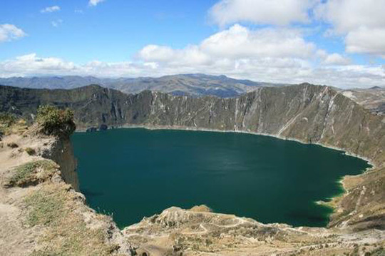 Điêu đứng trước vẻ đẹp 10 hồ núi lửa đẹp ngất ngây - Ảnh 9.