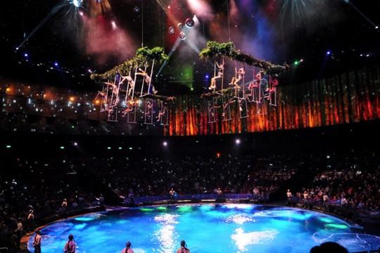 Bí mật đằng sau màn biểu diễn nước lớn nhất thế giới ở Macau - Ảnh 4.