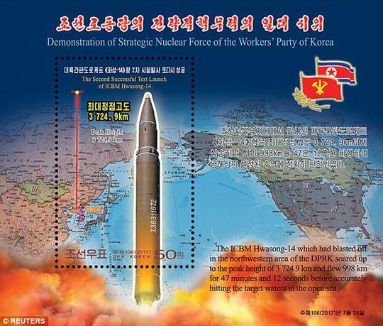 Bộ tem dày đặc tên lửa của Triều Tiên - Ảnh 4.
