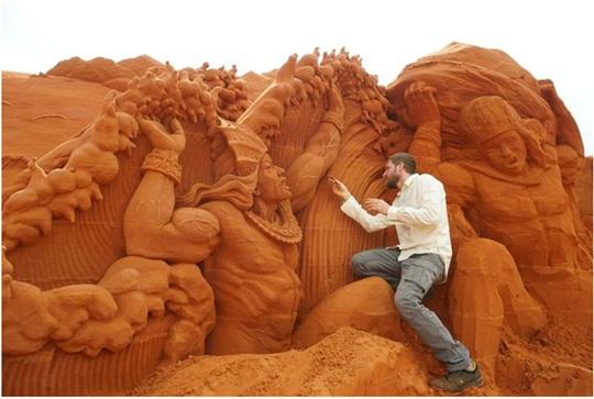 Phan Thiết có Công viên tượng cát đầu tiên trên thế giới - Ảnh 5.