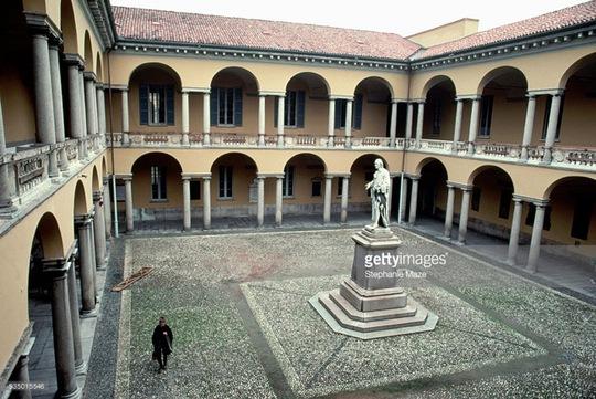 Kiến trúc độc đáo của trường đại học hơn 900 năm tuổi - Ảnh 6.