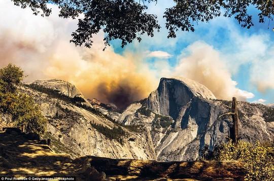 Những kỳ quan thiên nhiên đáng kinh ngạc nhất thế giới - Ảnh 7.