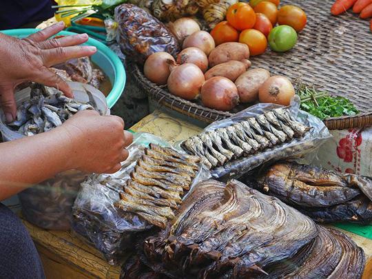Chợ Nga – Điểm đến không thể bỏ qua khi du lịch Phnom Penh - Ảnh 7.