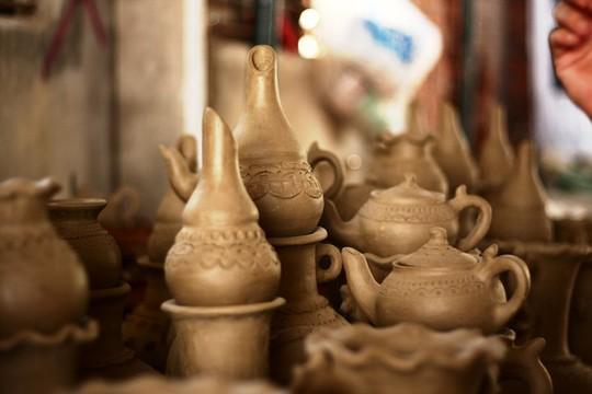Độc đáo nghệ thuật làm gốm ở Bàu Trúc - Ảnh 7.