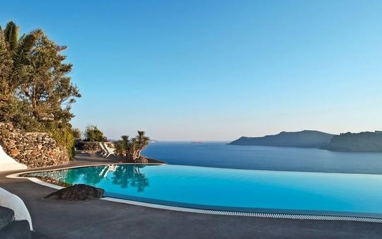 10 khách sạn có bể bơi sân thượng đẹp nhất - Ảnh 7.