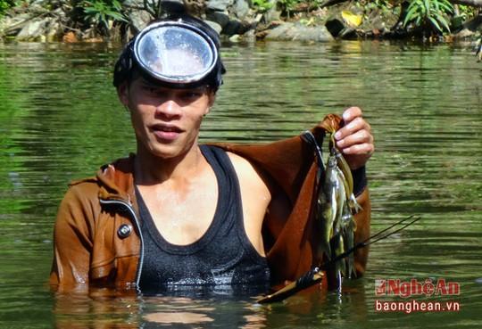 Săn cá đặc sản ở Nghệ An - Ảnh 8.