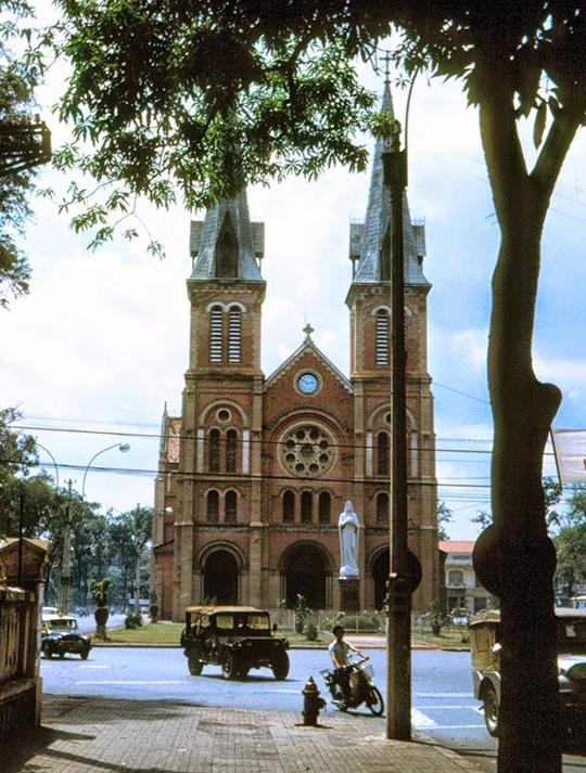 Tiền thân của Nhà thờ Đức Bà là một ngôi chùa nhỏ - Ảnh 9.