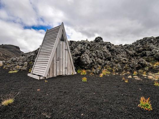 Kinh ngạc với 16 nhà vệ sinh có thiết kế ấn tượng nhất trên thế giới - Ảnh 9.