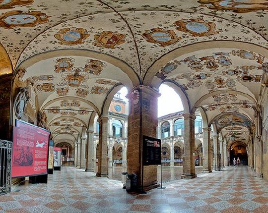 Kiến trúc độc đáo của trường đại học hơn 900 năm tuổi - Ảnh 10.