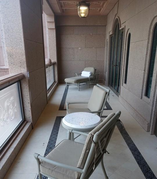 Khách sạn 7 sao lộng lẫy như cung điện - Ảnh 10.