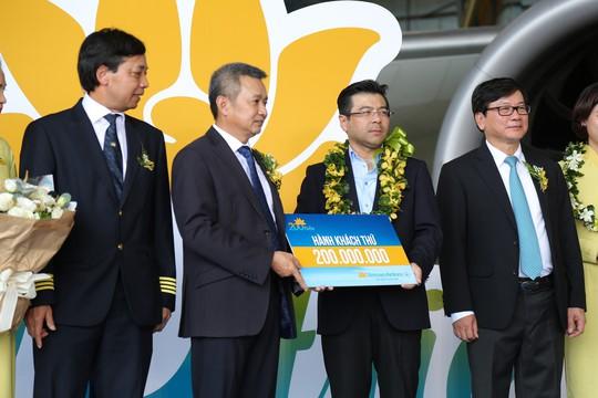 Vietnam Airlines đón hành khách thứ 200 triệu - Ảnh 1.
