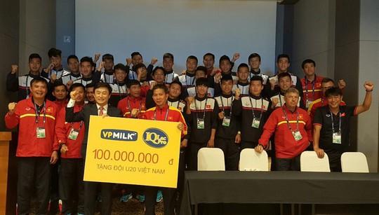 VPMilk tặng U20 Việt Nam 100 triệu sát thềm World Cup - Ảnh 2.